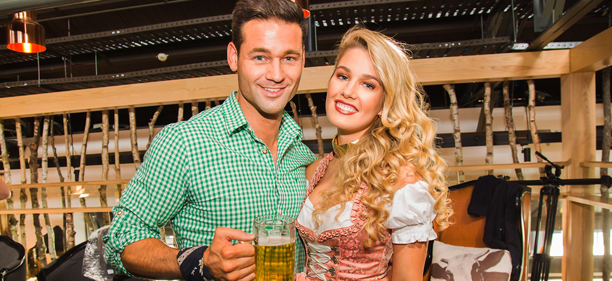 Celebrate Valentine%E2%80%99s Day at Sak%C3%A9 and Munich Brauhaus 1