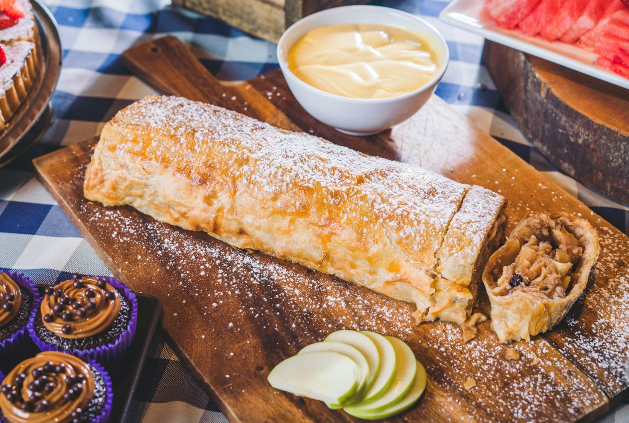 Apple Strudel with Anglaise